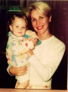 Emmanuelle 13 mois et maman 38 ans.