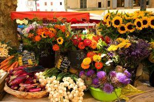 Marche place Richelme a Aix en ProvenceBouches du Rhone (13) - France